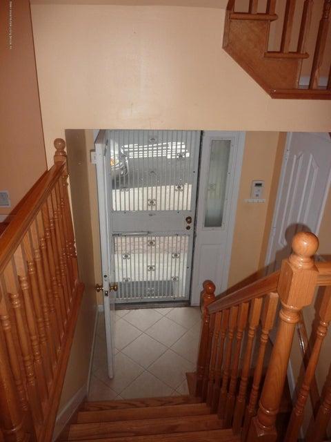 Additional photo for property listing at 120 Seneca Avenue  Staten Island, New York 10301 United States