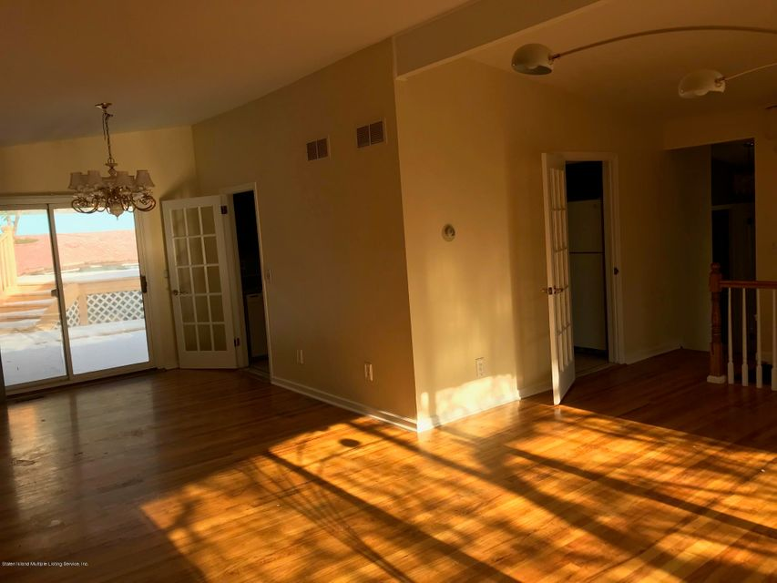Single Family - Detached 61 Cedarcliff Road  Staten Island, NY 10301, MLS-1115626-3