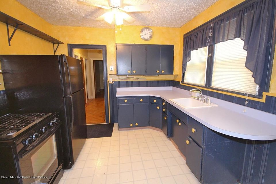Two Family - Detached 378 Bement Avenue  Staten Island, NY 10310, MLS-1113626-16