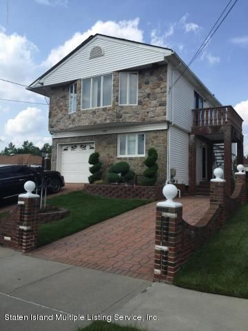 Single Family Home for Rent at 149 Slater Boulevard Staten Island, New York 10305 United States