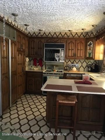 Additional photo for property listing at 149 Slater Boulevard  Staten Island, New York 10305 United States