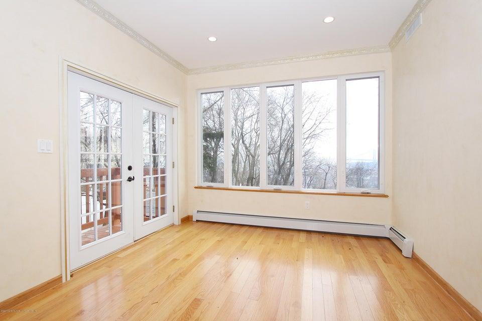 Single Family - Detached 363 Howard Avenue  Staten Island, NY 10301, MLS-1115674-17