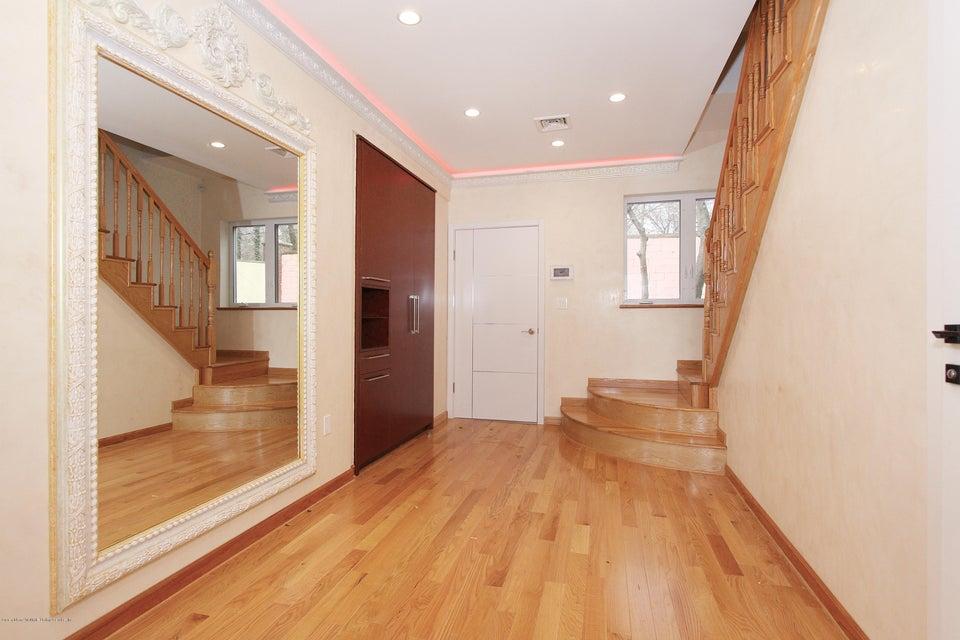 Single Family - Detached 363 Howard Avenue  Staten Island, NY 10301, MLS-1115674-5