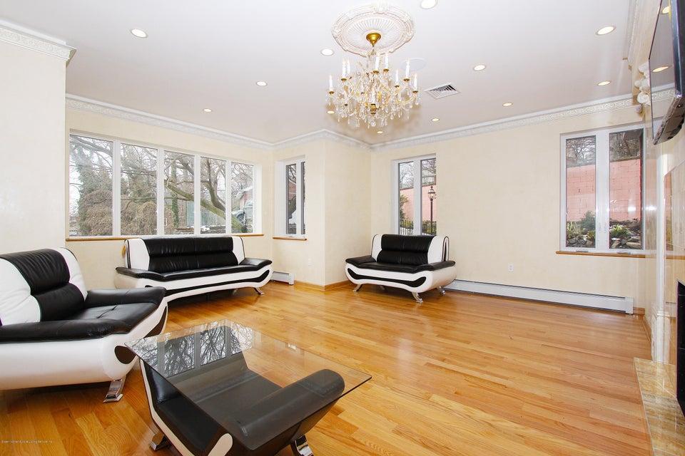 Single Family - Detached 363 Howard Avenue  Staten Island, NY 10301, MLS-1115674-12