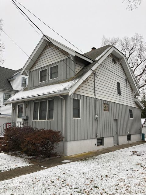 Single Family - Detached 318 Edison Street  Staten Island, NY 10306, MLS-1115687-2
