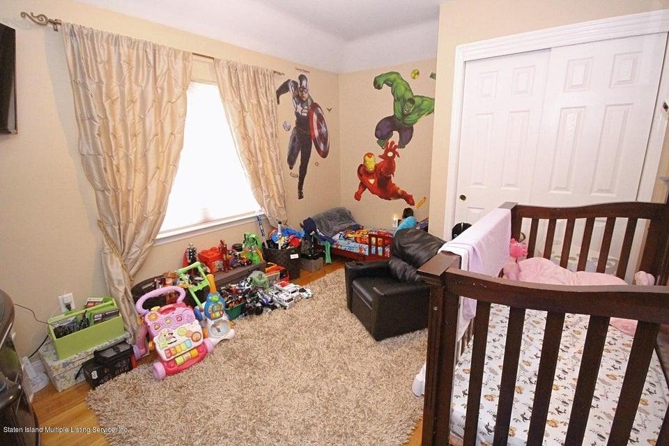 Single Family - Semi-Attached 63 Pond Street  Staten Island, NY 10309, MLS-1115694-11