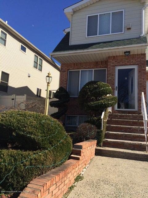 Single Family Home for Rent at 43 Bogota Street Staten Island, New York 10314 United States