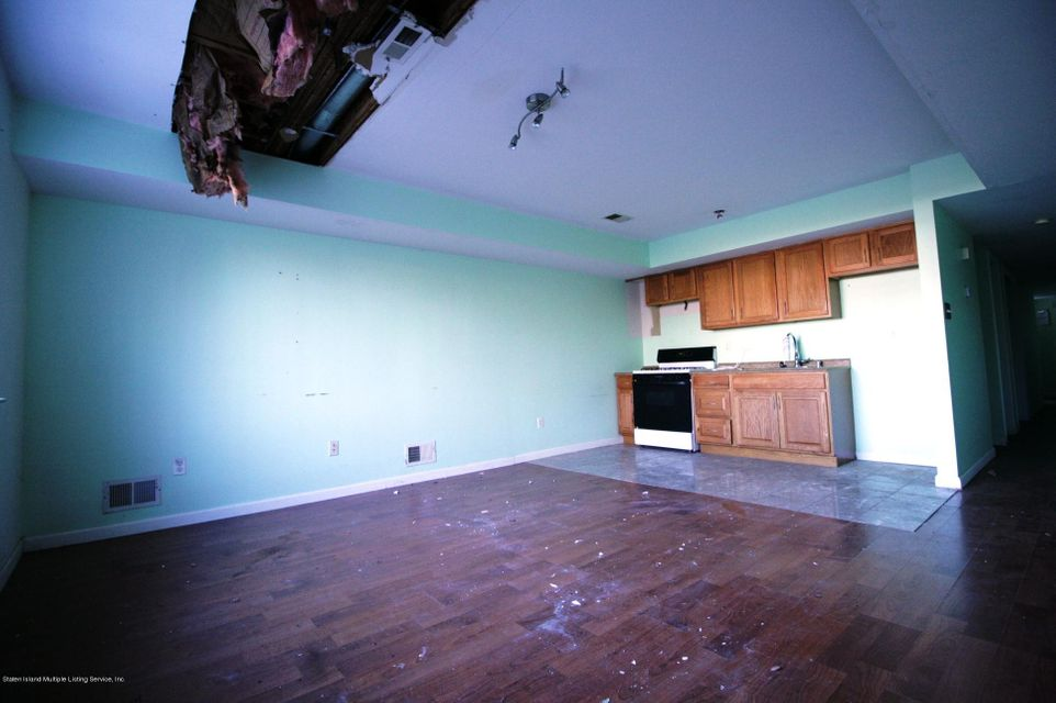 Two Family - Attached 64 Pelican Circle  Staten Island, NY 10306, MLS-1115720-6