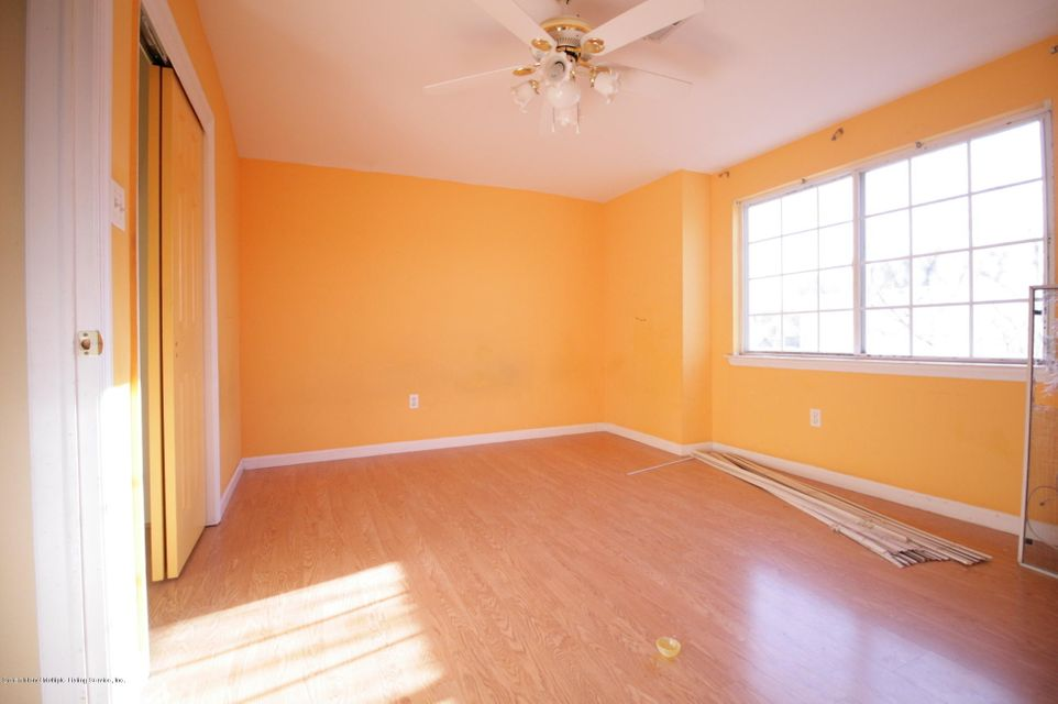 Two Family - Attached 64 Pelican Circle  Staten Island, NY 10306, MLS-1115720-4