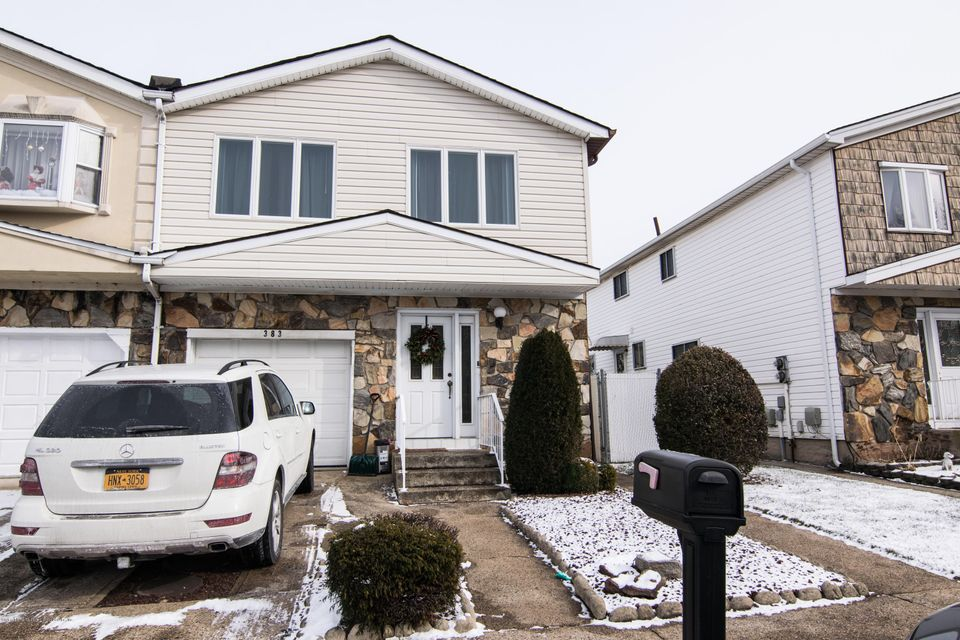 Single Family - Semi-Attached in Great Kills - 383 Brookfield Avenue  Staten Island, NY 10308