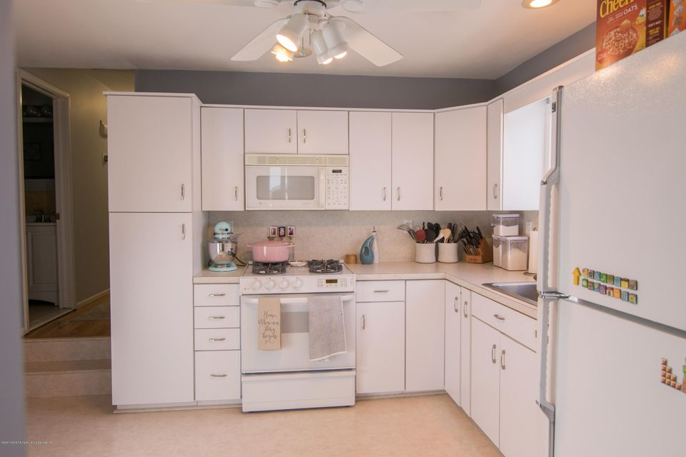 Single Family - Semi-Attached 383 Brookfield Avenue  Staten Island, NY 10308, MLS-1115793-4