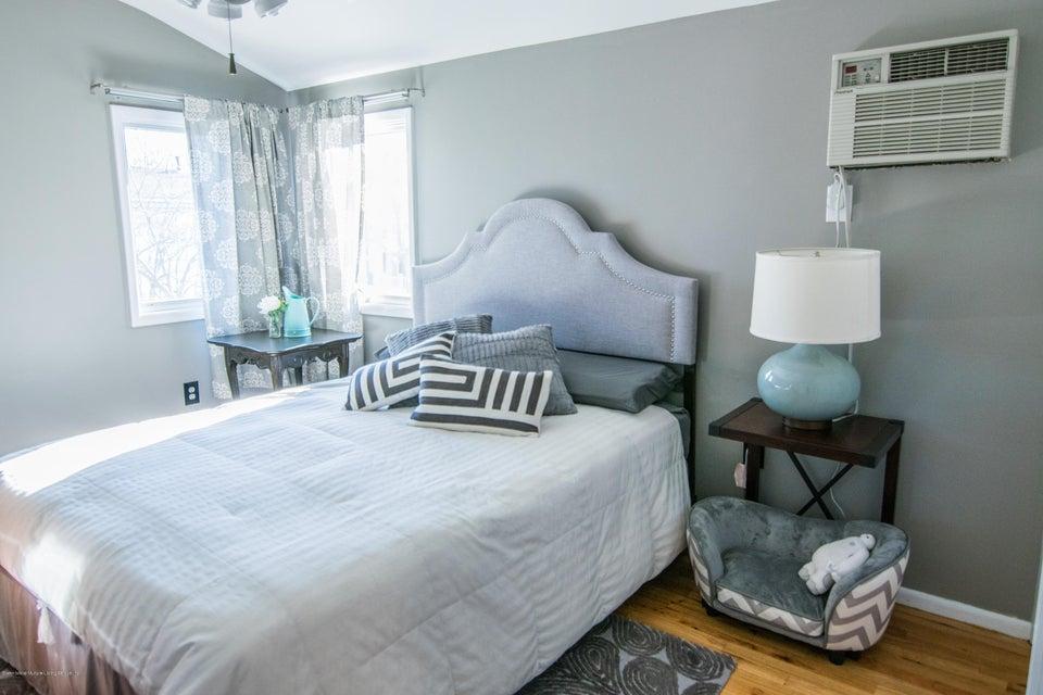 Single Family - Semi-Attached 383 Brookfield Avenue  Staten Island, NY 10308, MLS-1115793-11