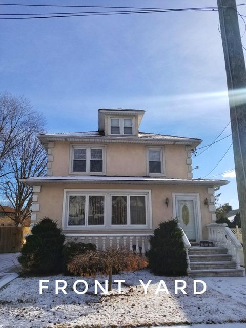Single Family Home for Rent at 19 Roderick Avenue Staten Island, New York 10305 United States