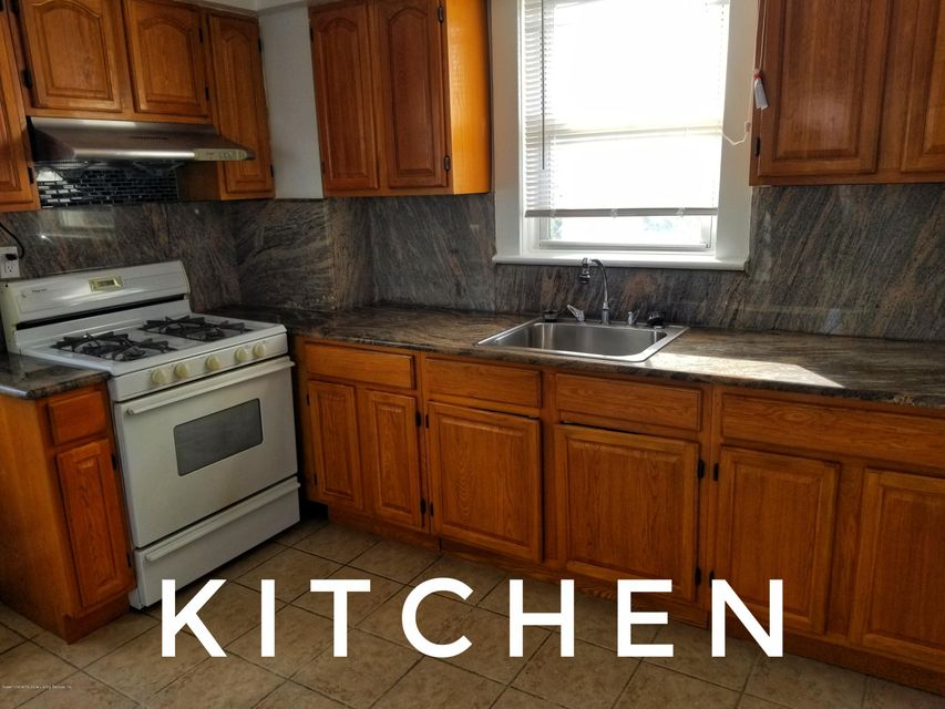 Additional photo for property listing at 19 Roderick Avenue  Staten Island, New York 10305 United States