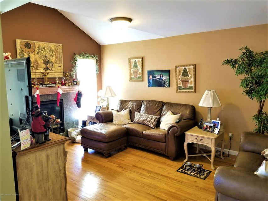 Two Family - Detached 26 Rochelle Place  Staten Island, NY 10312, MLS-1115801-11