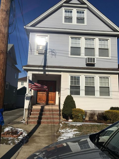 Single Family Home for Rent at 347 Maine Avenue Staten Island, New York 10314 United States