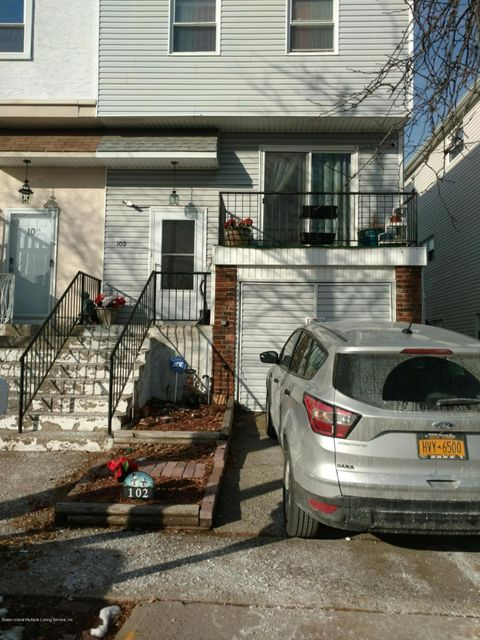 Single Family Home for Sale at 102 Stack Drive Staten Island, New York 10312 United States