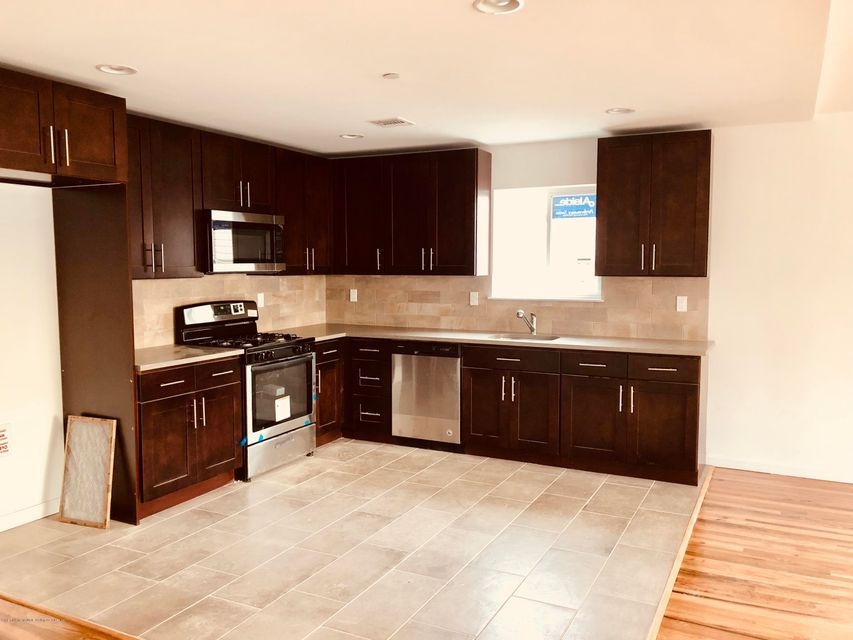 Additional photo for property listing at 203 Chestnut Avenue  Staten Island, New York 10305 United States