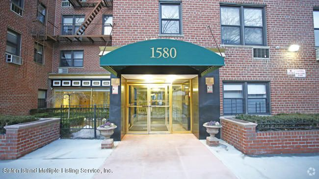 Single Family Home for Rent at 1580 18th Street Brooklyn, New York 11230 United States