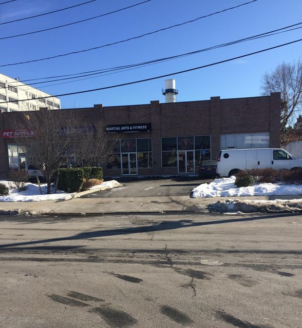Commercial for Rent at 4 Willow Avenue Staten Island, New York 10305 United States