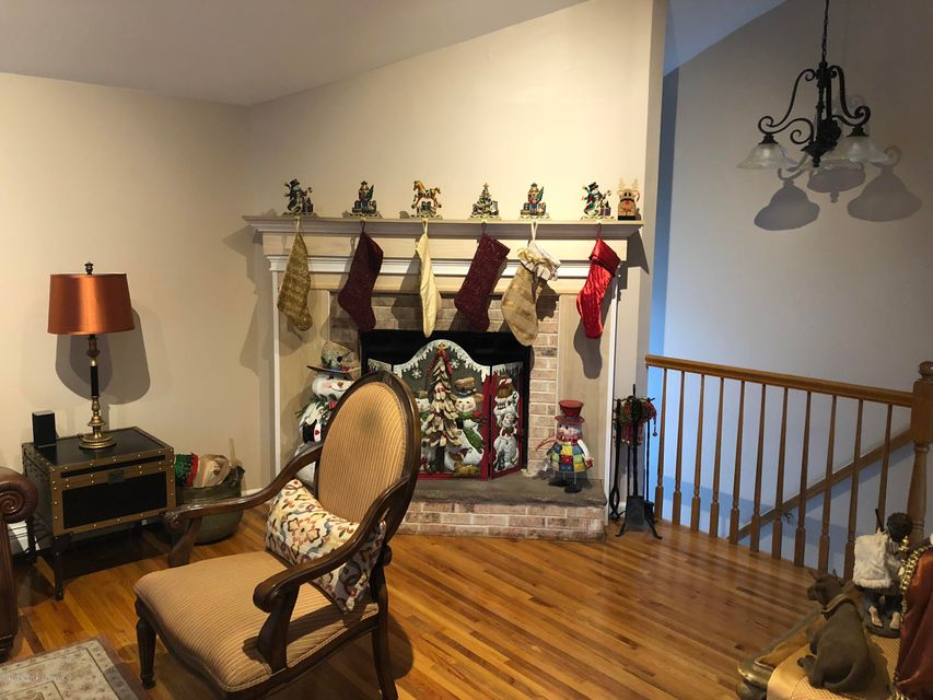 Two Family - Detached 568 Yetman Avenue  Staten Island, NY 10307, MLS-1115993-5