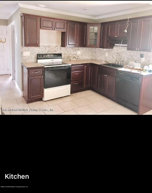 Single Family - Detached 127 Duckpond Drive  Wantagh, NY 11793, MLS-1115997-4