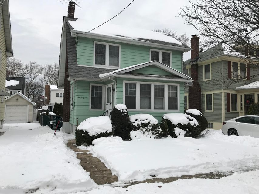 Single Family - Detached 143 Margaretta Court  Staten Island, NY 10314, MLS-1116001-2