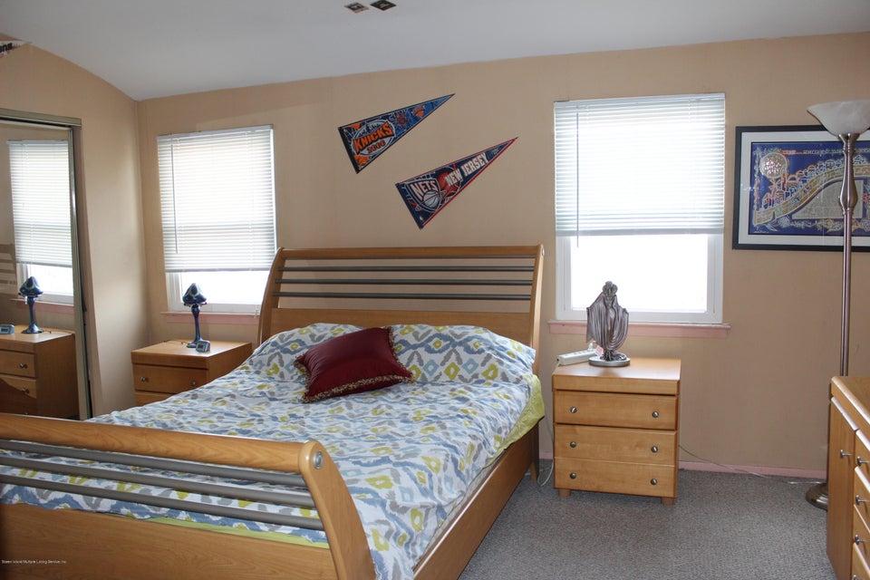 Single Family - Semi-Attached 664 Travis Avenue  Staten Island, NY 10314, MLS-1116000-19