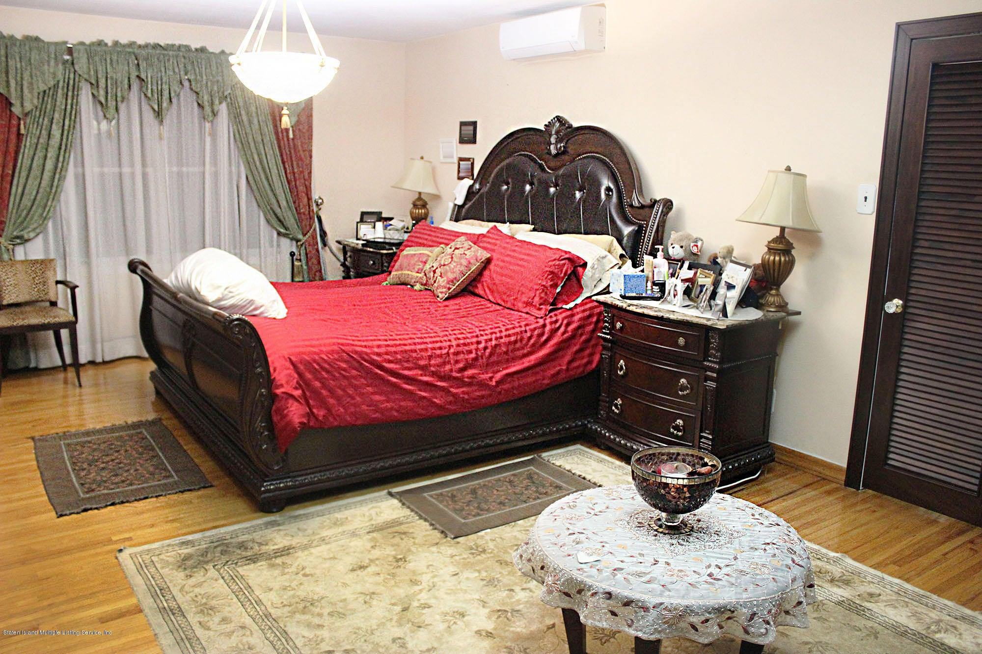 Single Family - Detached 726 Correll Avenue  Staten Island, NY 10309, MLS-1116010-4