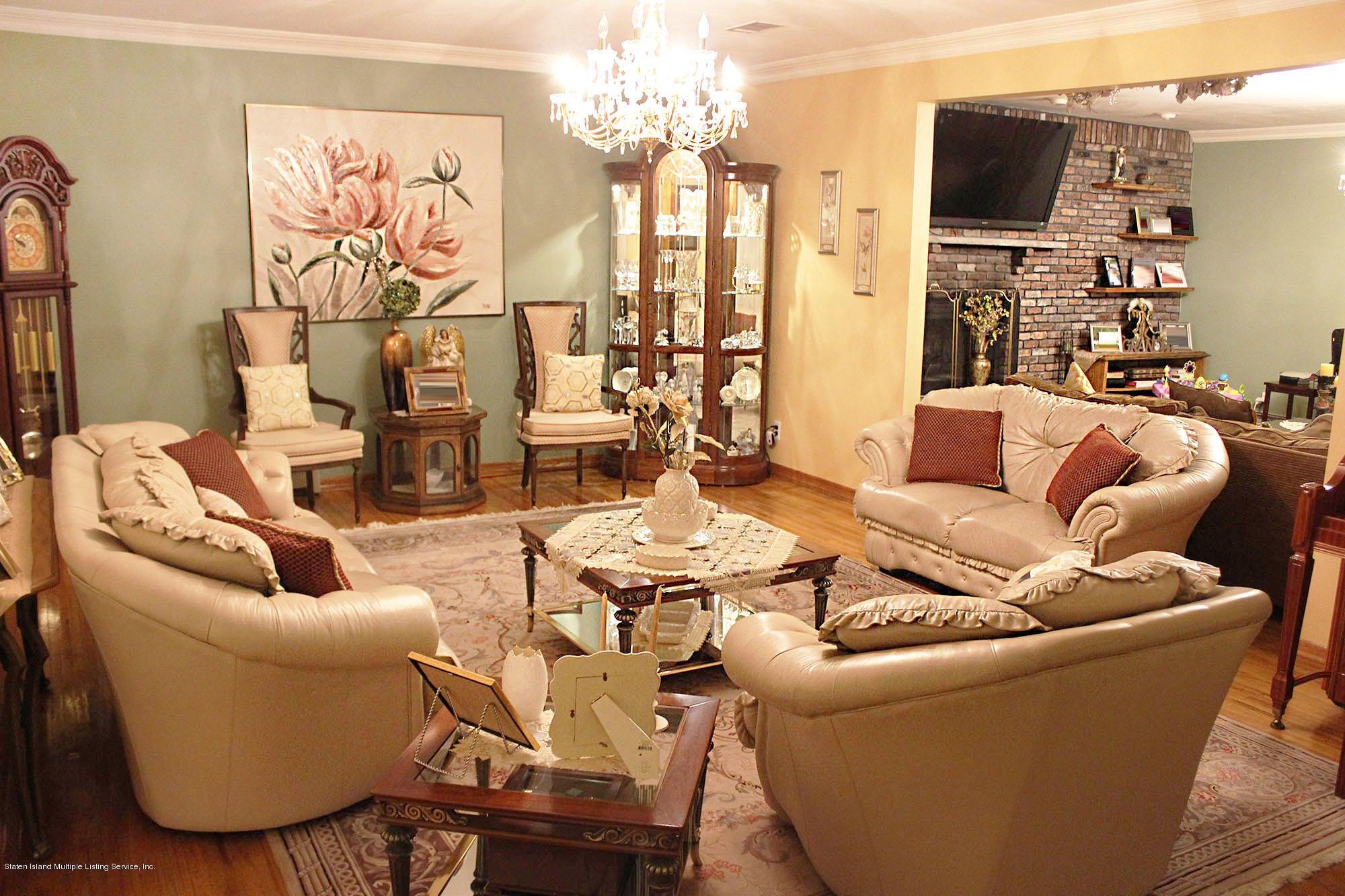 Single Family - Detached 726 Correll Avenue  Staten Island, NY 10309, MLS-1116010-20