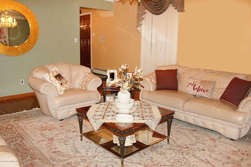 Single Family - Detached 726 Correll Avenue  Staten Island, NY 10309, MLS-1116010-21