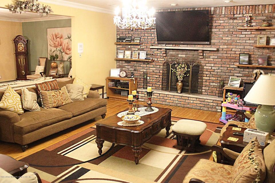 Single Family - Detached 726 Correll Avenue  Staten Island, NY 10309, MLS-1116010-25