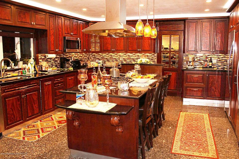 Single Family - Detached 726 Correll Avenue  Staten Island, NY 10309, MLS-1116010-27