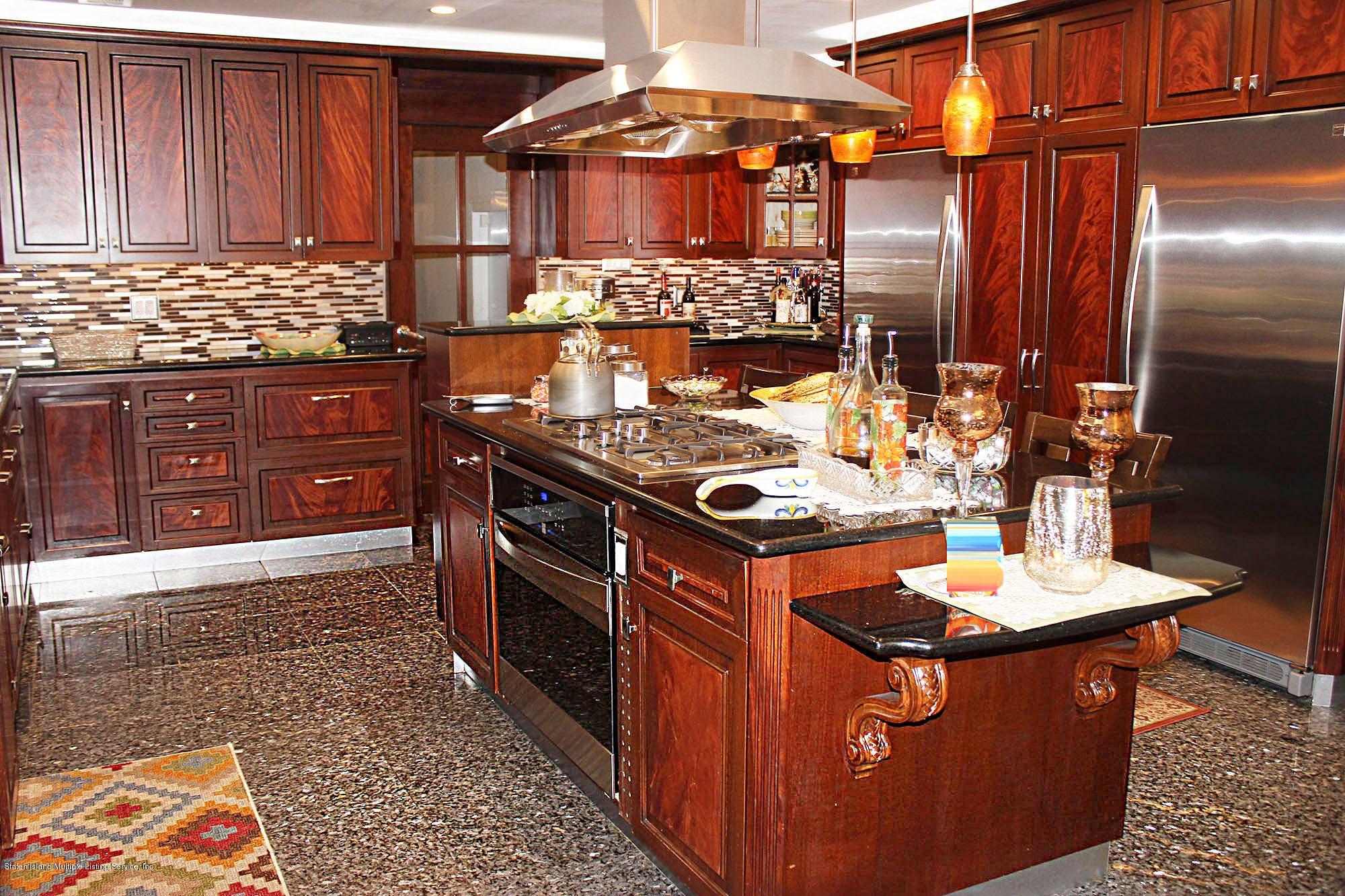 Single Family - Detached 726 Correll Avenue  Staten Island, NY 10309, MLS-1116010-31