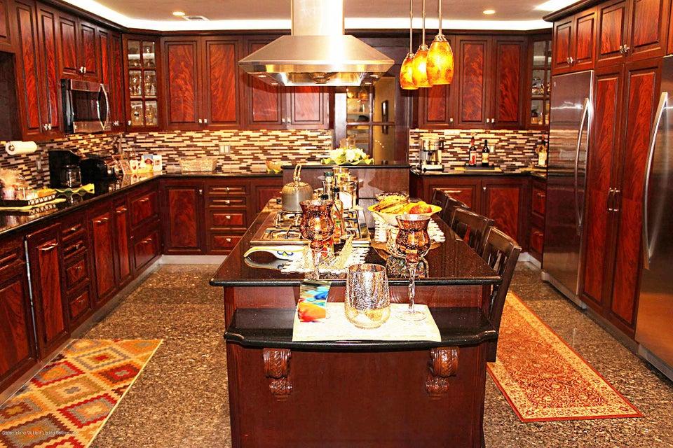 Single Family - Detached 726 Correll Avenue  Staten Island, NY 10309, MLS-1116010-32