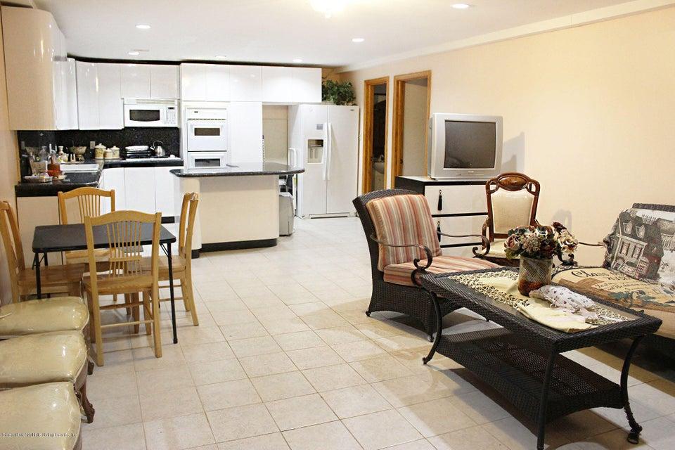 Single Family - Detached 726 Correll Avenue  Staten Island, NY 10309, MLS-1116010-38