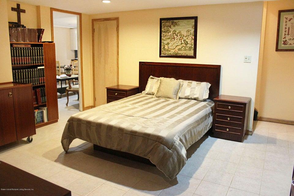 Single Family - Detached 726 Correll Avenue  Staten Island, NY 10309, MLS-1116010-40