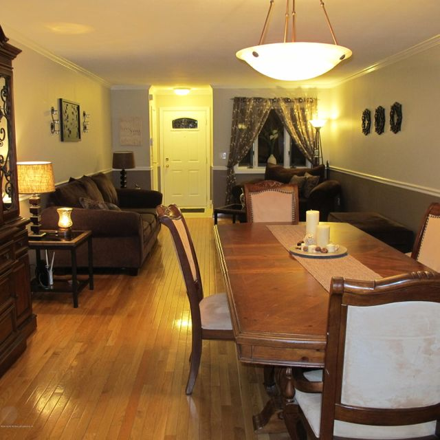 Single Family - Semi-Attached 23 Evans Street  Staten Island, NY 10314, MLS-1116019-4