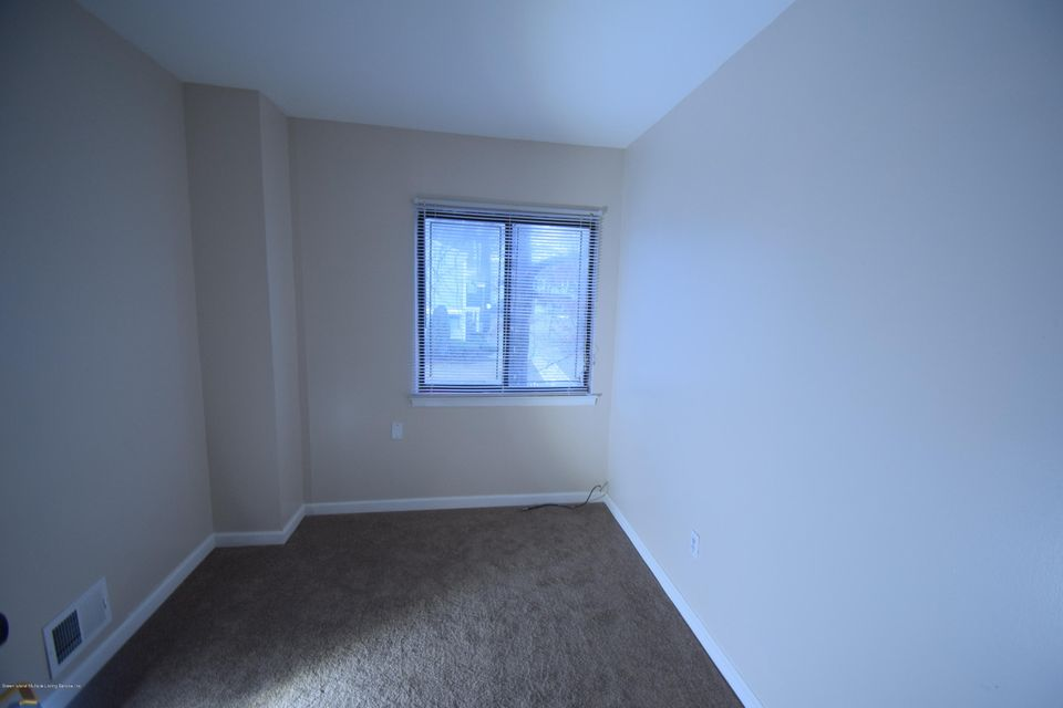 Single Family - Attached 30 Locust Court  Staten Island, NY 10309, MLS-1115521-8