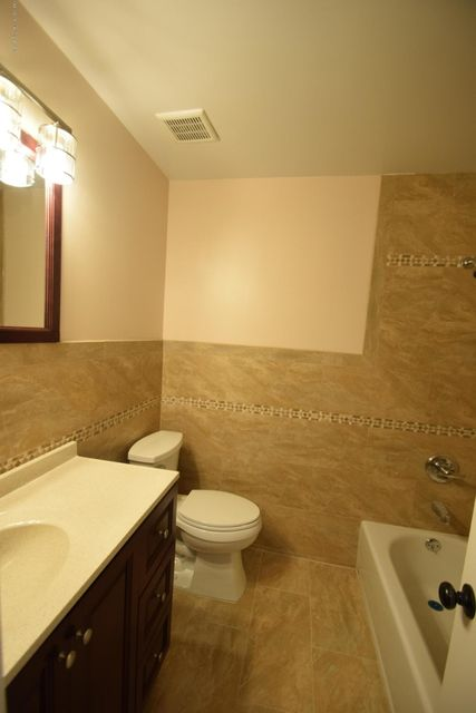Single Family - Attached 30 Locust Court  Staten Island, NY 10309, MLS-1115521-7