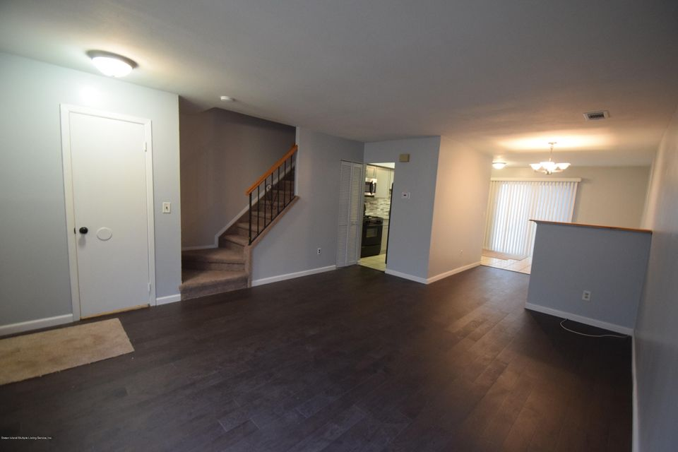 Single Family - Attached 30 Locust Court  Staten Island, NY 10309, MLS-1115521-2