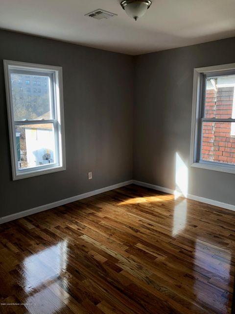 Single Family - Detached 146 Westervelt Avenue  Staten Island, NY 10301, MLS-1116038-13