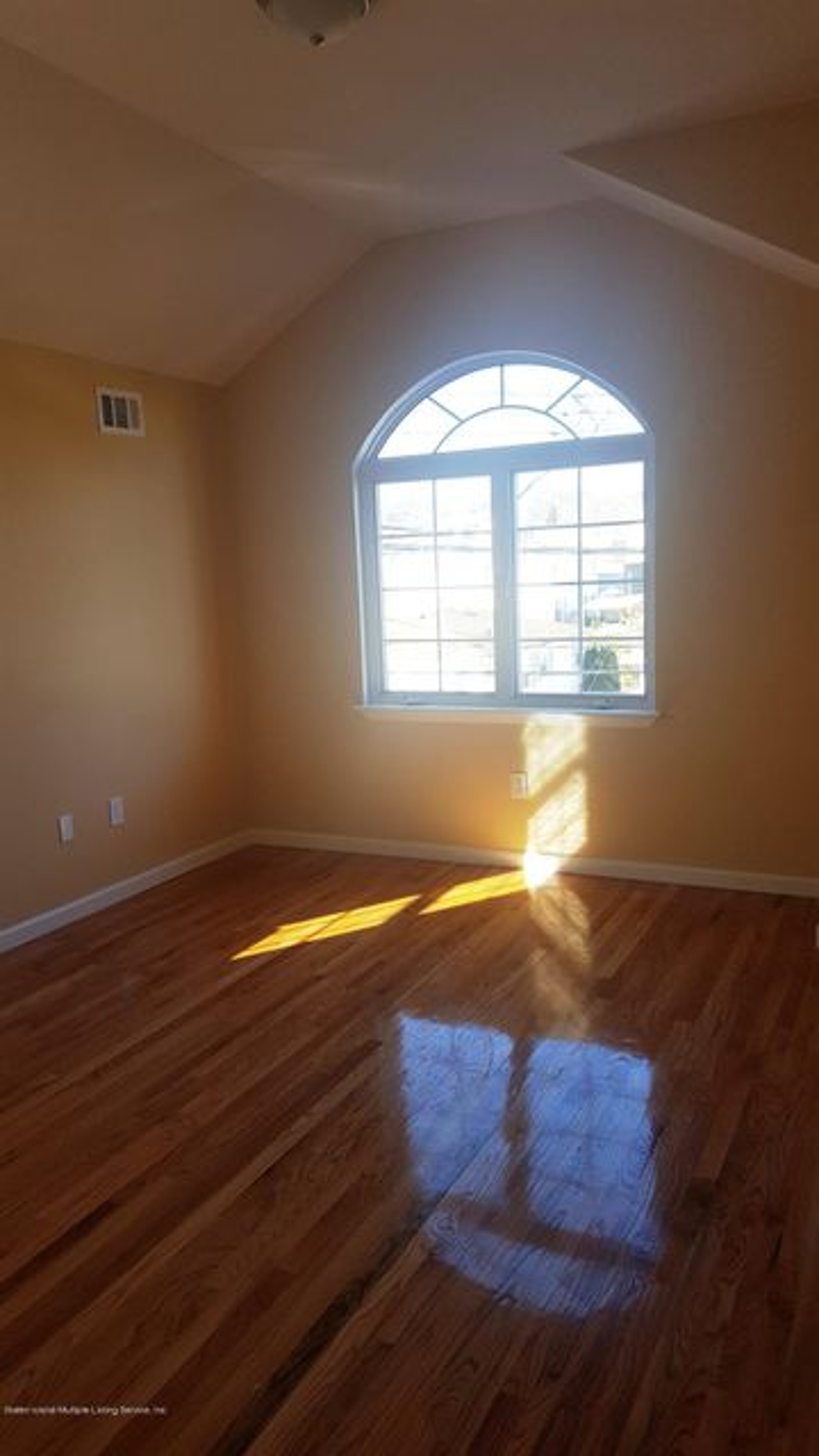 Single Family - Detached 206 Virginia Avenue  Staten Island, NY 10305, MLS-1116024-3