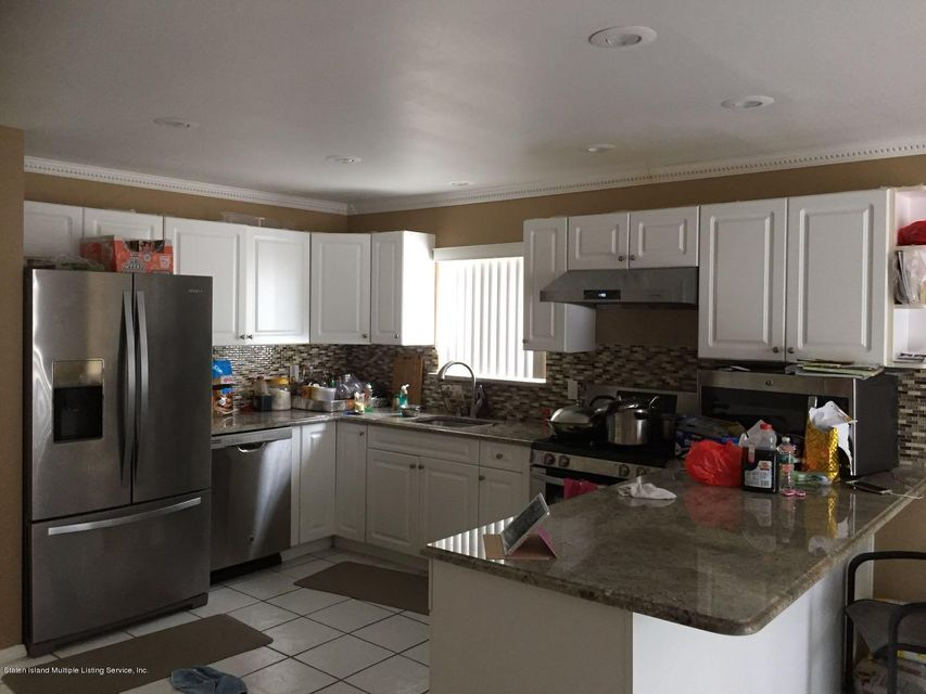 Additional photo for property listing at 78 Stephen Loop  Staten Island, New York 10314 United States