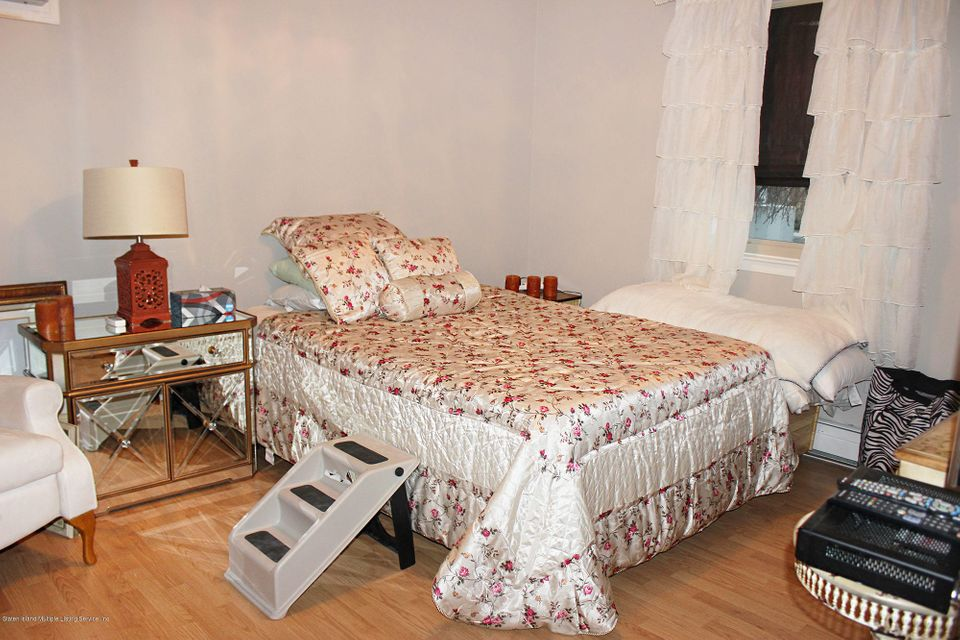 Two Family - Semi-Attached 35 Crest Loop  Staten Island, NY 10312, MLS-1116134-20