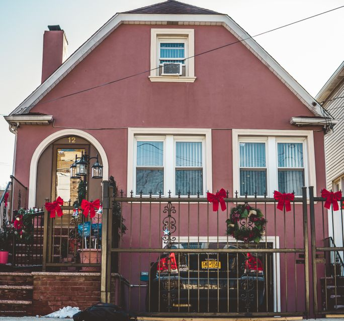 Single Family Home for Sale at 12 Cliffside Avenue Staten Island, New York 10304 United States