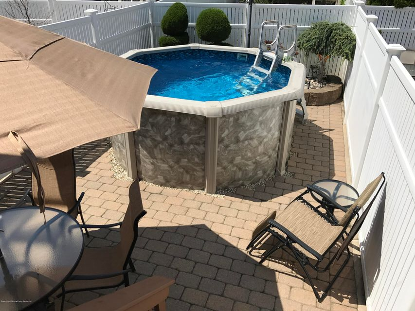 Single Family - Attached 50 Endview Street  Staten Island, NY 10312, MLS-1116191-3