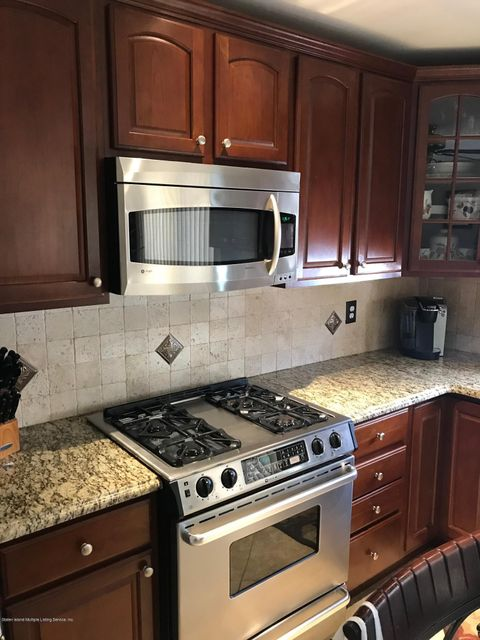 Single Family - Attached 50 Endview Street  Staten Island, NY 10312, MLS-1116191-9