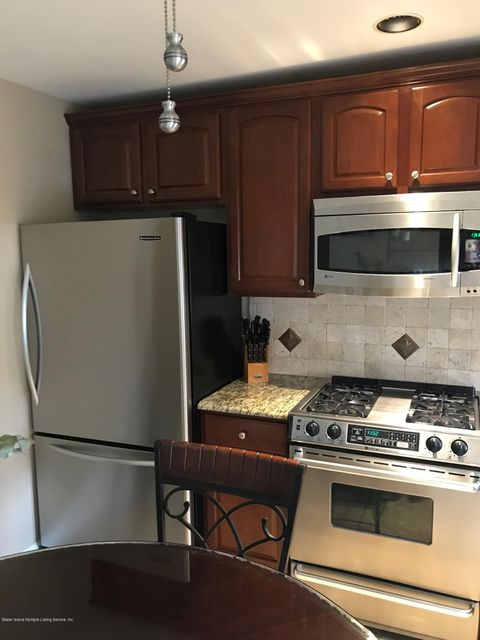 Single Family - Attached 50 Endview Street  Staten Island, NY 10312, MLS-1116191-10