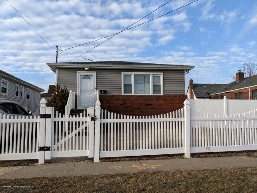 Single Family - Detached in South Beach - 191 Olympia Boulevard  Staten Island, NY 10305